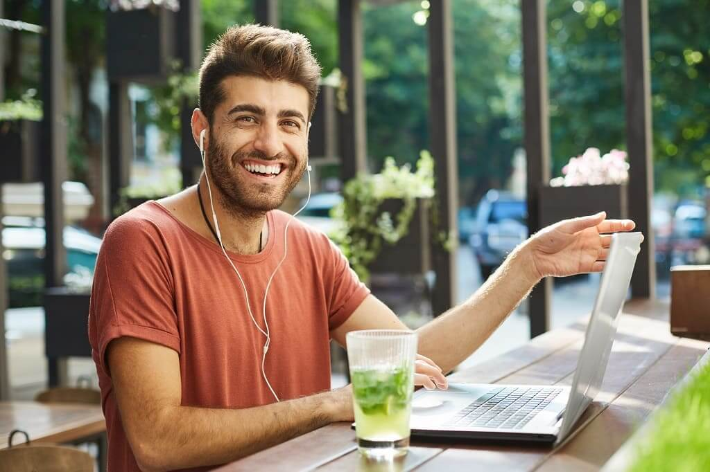 COINSOL - 5 mitos sobre el blanqueamiento dental